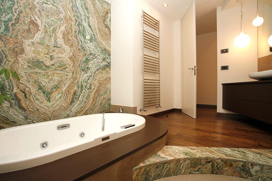 Rivestimento bagno in marmo bravi marmi - Rivestimento bagno in marmo ...