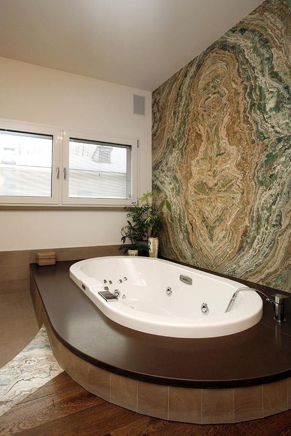 Rivestimento bagno in marmo bravi marmi - Rivestimento bagno marmo ...